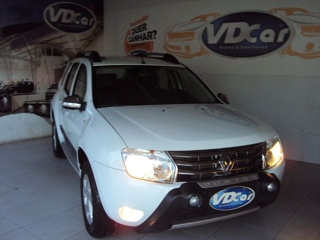 RENAULT DUSTER AUTOMATICO  2.0